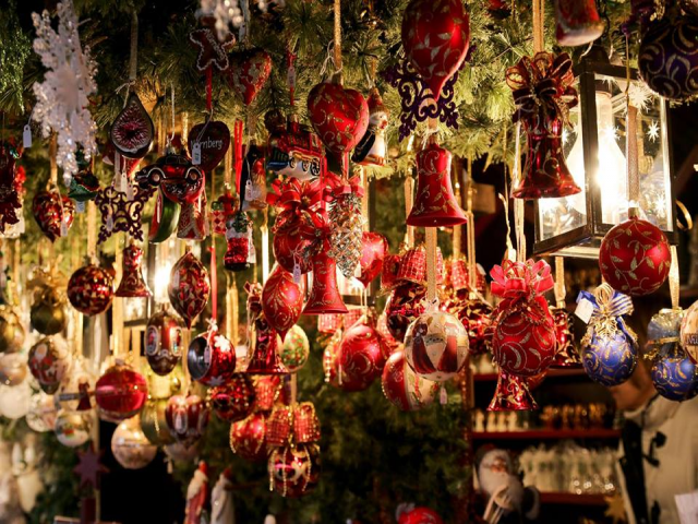 Clissold Park Christmas Market