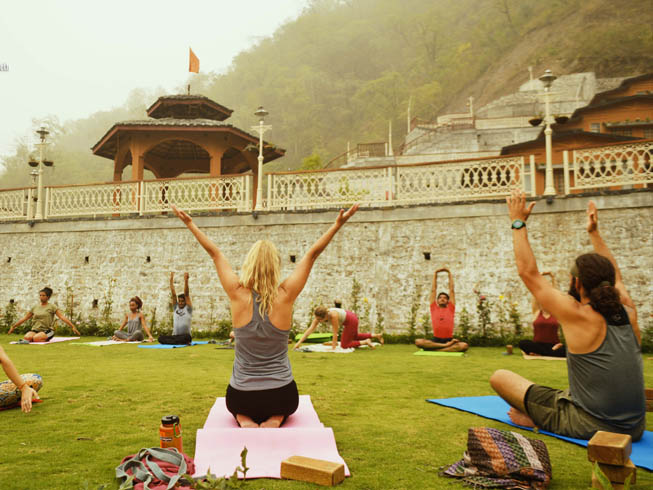 300 Hour Yoga Teacher Training in Rishikesh, India 2019- 2020