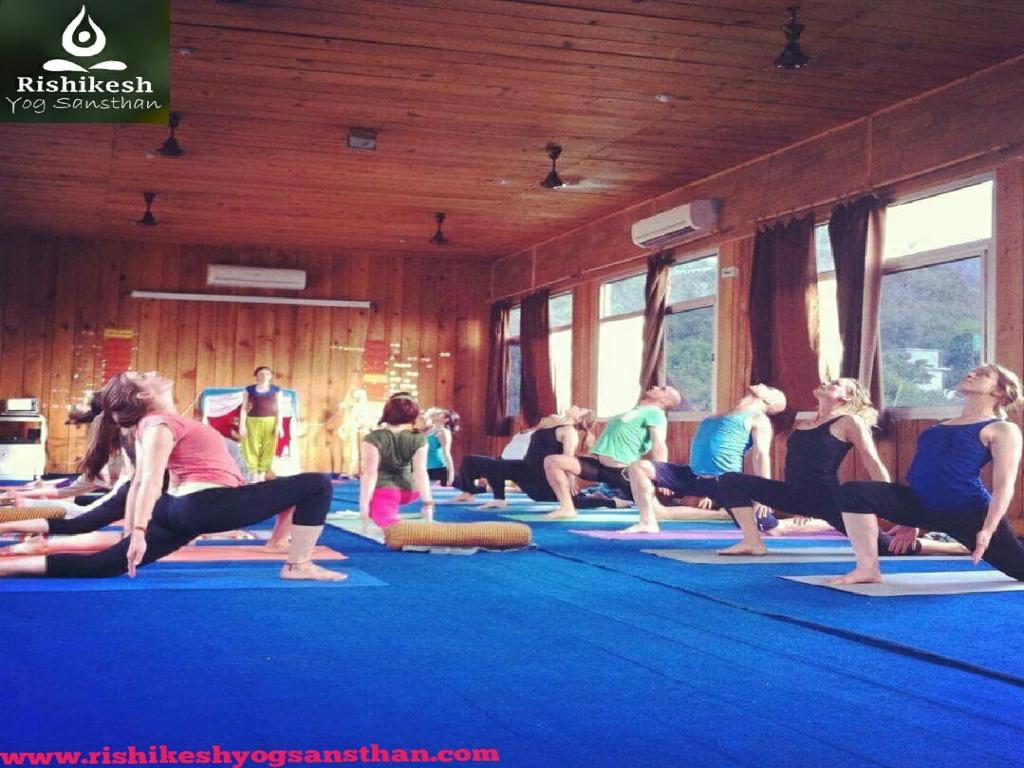 100 Hour Yoga Teacher Training In Rishikesh.