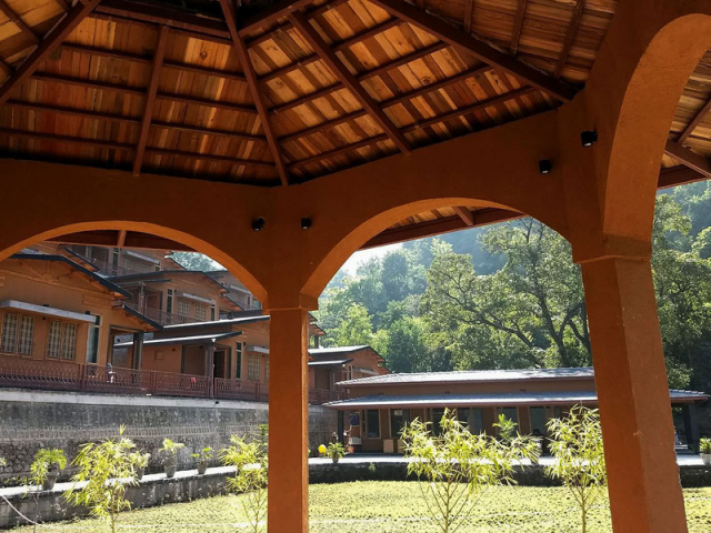 Yoga Retreats in Rishikesh, India Rishikesh Yogpeeth