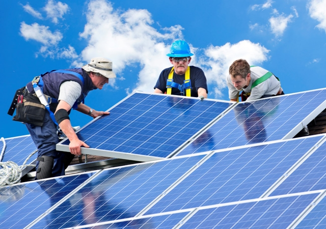 Full-Time Course on Grid Connected PV Systems Design and Installation