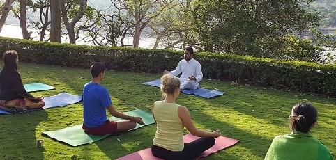200 Hour Yoga Teacher Training in Rishikesh (February)