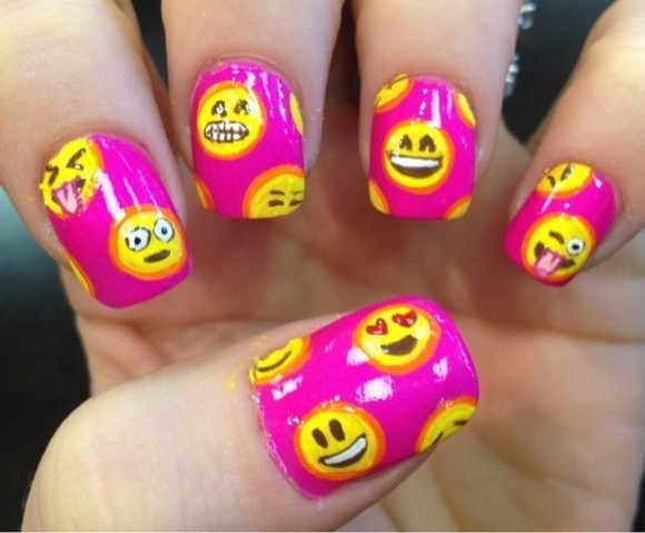 Emoji Nail Art for your Mom