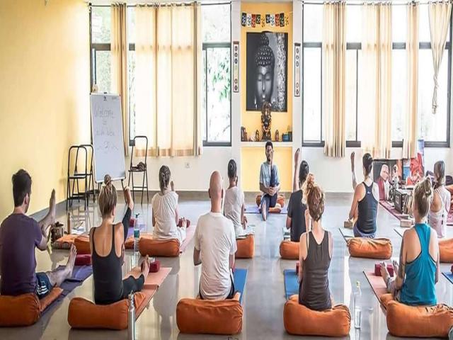 200 Hour Hatha and Ashtanga Yoga Teacher Training in Rishikesh, India