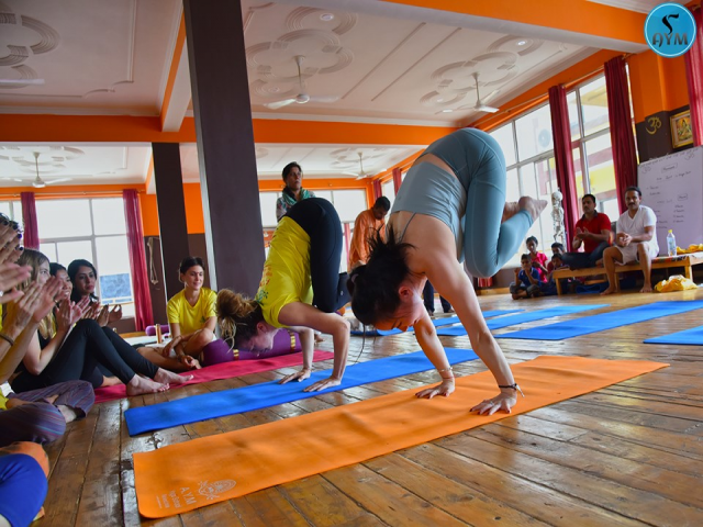 100 hour yoga teacher training India 2019-2020