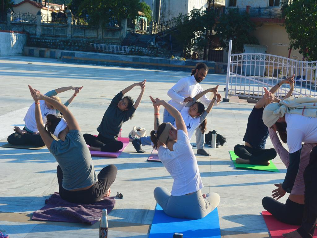 200 Hour Yoga Teacher Training in Rishikesh, India Om Shanti Om Yoga Ashram