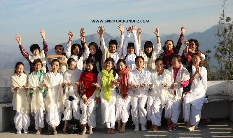 200 Hrs Yoga Teacher Training in Rishikesh, India