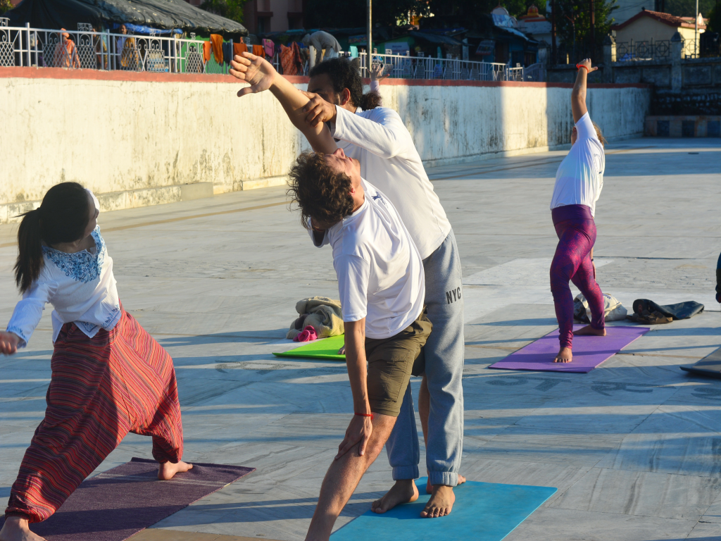 200 Hour Yoga Teacher Training in Rishikesh, India Om Shanti Om Yoga